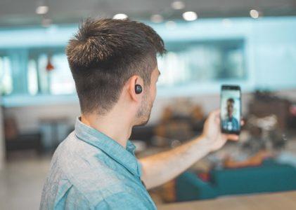 ZOOM : Gros plan sur l'application de vidéoconférence qui monte